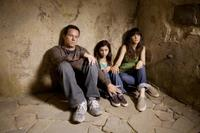 Mark Wahlberg as Elliot, Zooey Deschanel as Alma and Ashlyn Sanchez as Jess in