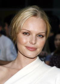 Actress Kate Bosworth at the Hollywood premiere of