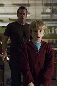 Thomas Jane and Nathan Gamble in
