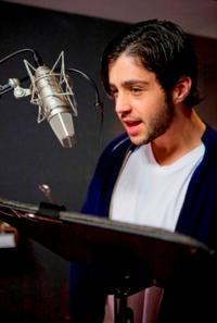 Josh Peck voices daredevil possum Eddie in