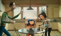 Coraline (voiced by Dakota Fanning) tries to get the attention of her harried parents (voiced by John Hodgman and Teri Hatcher in