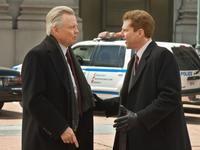 Jon Voight as Francis Tierney, Sr. and Noah Emmerich as Francis Tierney, Jr. in
