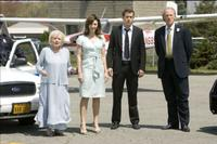 Betty White, Mary Steenburgen, Ryan Reynolds and Craig T. Nelson in
