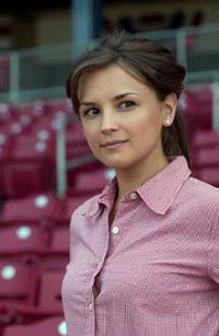 Rachael Leigh Cook as Polly Hudson in