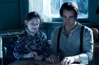 Mckayla Twiggs as Young Willa and Colin Farrell as Peter Lake in