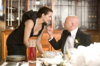 Kristin Davis as Charlotte and Evan Handler as Harry Goldenblatt in