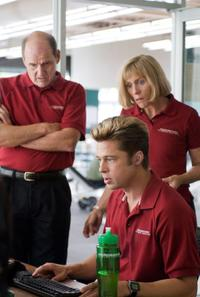 Richard Jenkins, Brad Pitt and Frances McDormand in