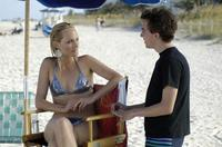Amber Valletta and Frankie Muniz in