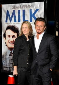 Robin Wright Penn and Sean Penn at the California premiere of