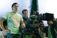 Director Robert Luketic on the set of