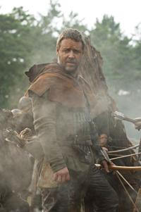 Russell Crowe as Robin Longstride in