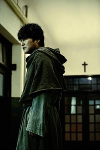 Song Kang-ho as Sang-hyun in