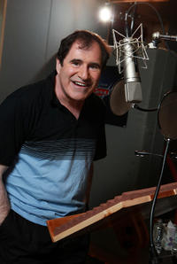 Richard Kind on the set of