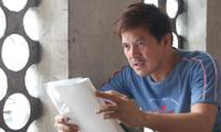 Director Brillante Mendoza on the set of