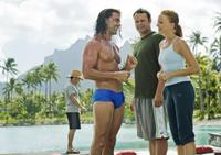 Carlos Ponce as Salvadore, Vince Vaughn as Dave and Malin Akerman as Ronnie in
