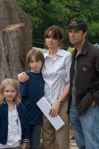 Emily Watson and George Newbern in