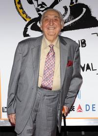 Fyvush Finkel at the New York premiere of