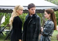 Katie Cassidy as Kris, Thomas Dekker as Jesse and Rooney Mara as Nancy in