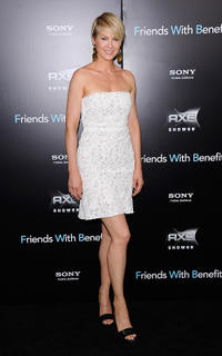 Jenna Elfman at the New York premiere of