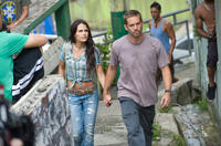 Jordana Brewster and Paul Walker in