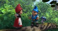 Juliet, Gnomeo and Shroom in