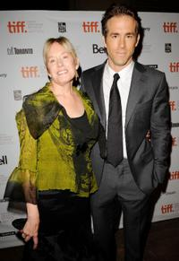 Tammy Reynolds and Ryan Reynolds at the Canada premiere of