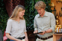 Lea Seydoux as Gabrielle and Owen Wilson as Gil in