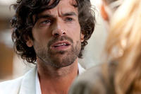Romain Duris as Alex Lippi in