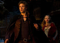 Max Irons as Henry and Amanda Seyfried as Valerie in