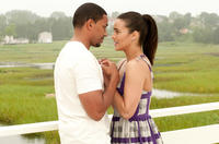 Laz Alonso as Jason and Paula Patton as Sabrina in