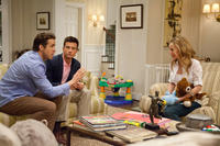 Ryan Reynolds as Mitch, Jason Bateman as Dave and Leslie Mann as Jamie in