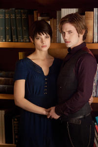 Ashley Greene and Jackson Rathbone in