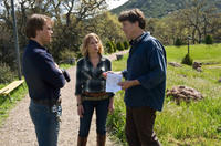 Matt Damon, Scarlett Johansson and director Cameron Crowe on the set of