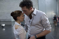 Natalie Portman and Vincent Cassel in
