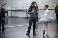 Director Darren Aronofsky and Natalie Portman on the set of
