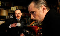 Michael Fassbender as Carl Jung and Viggo Mortensen as Sigmund Freud in