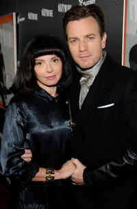 Eve Mavrakis and Ewan McGregor at the California premiere of