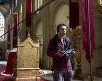 Director Bryan Singer on the set of