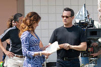 Julia Roberts and Tom Hanks on the set of