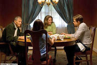 Robert Forster as Tom Klepack, Patricia Kalember as Terry Klepack, Nick Stahl as Billy and Sammi Hanratty as Barbie Klepack in
