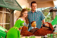 Kermit The Frog, Rowlf the Dog, Amy Adams as Mary, Walter and Jason Segel as Gary in