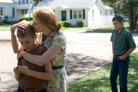Laramie Eppler, Jessica Chastain, and Tye Sheridan in