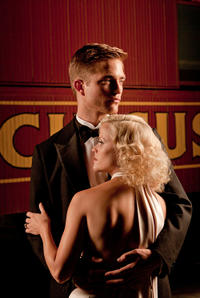 Robert Pattinson as Jacob and Reese Witherspoon as Marlena in