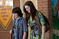 Jonah Bobo as Robbie and Julianne Moore as Emily Weaver in