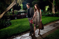 Kevin Bacon as David Lindhagen and Julianne Moore as Emily Weaver in