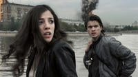 Olivia Thirlby and Emile Hirsch in