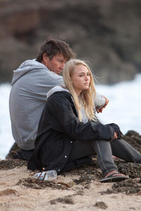 Dennis Quaid and AnnaSophia Robb in