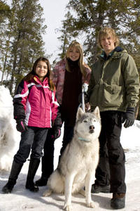 Ariel Gade, Aimee Teegarden, Kameron Knox and Buck in