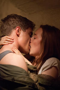 Max Irons and Saoirse Ronan in