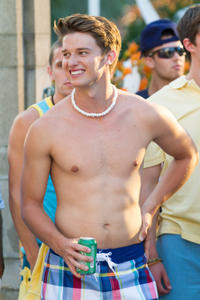 Patrick Schwarzenegger as Frat Boy Cooper in